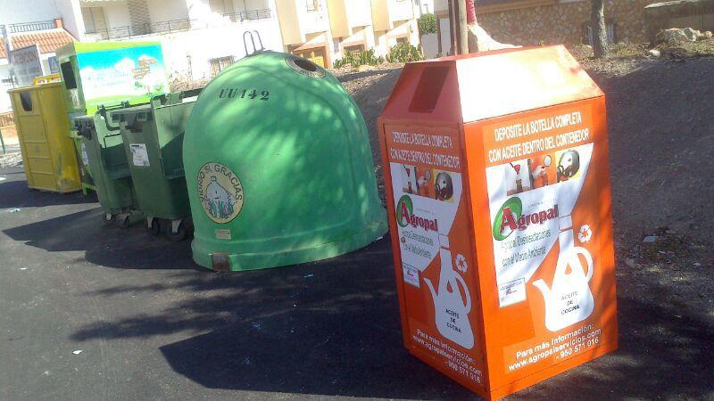 contenedores aceite usado