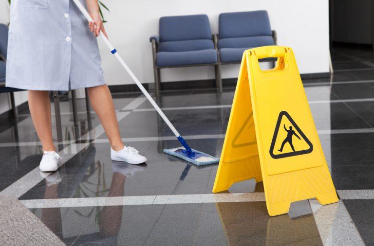 Oferta de empleo: operario/a de limpieza en Berja