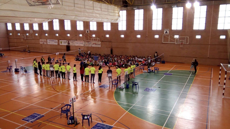 El Pabellón de Berja reúne a 200 niños de toda la provincia en unas jornadas de bádminton