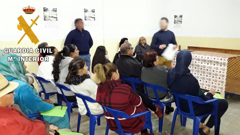 La Guardia Civil imparte una formación para la prevención de la violencia de género a mujeres gitanas