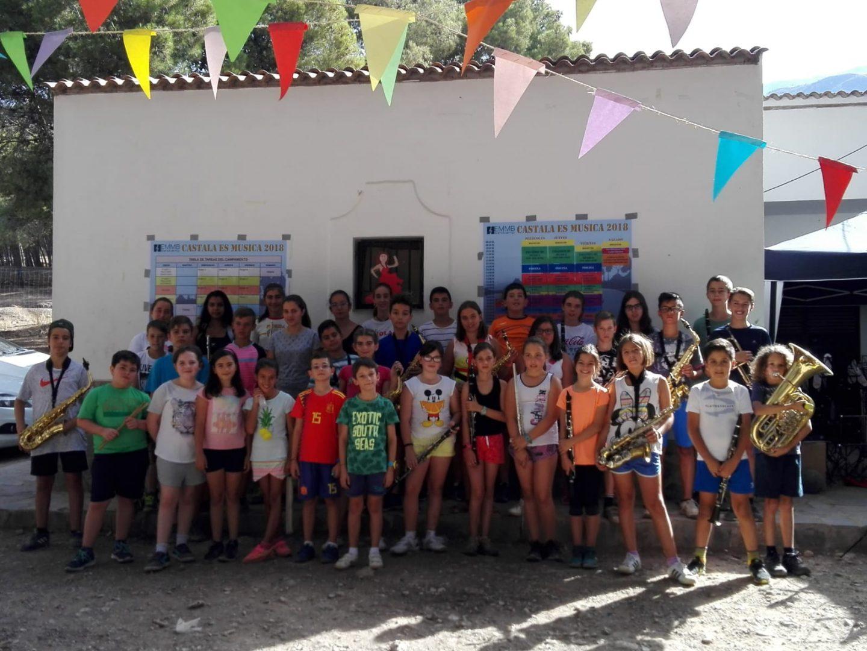 La Escuela de Música de Berja reúne a sus alumnos en un campamento en Castala